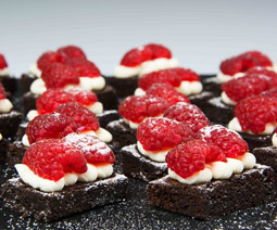 Mini Chocolate Brownie With Rasberries